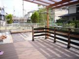 庭全体をリフォームしたい!|ウッドデッキとテラスルーフを設置